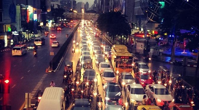 BANGKOK – Hangover, überraschte Barkeeper und Bars die es nicht geben sollte